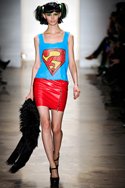 Female Strength: Fashion Week closes with Strong Womanly Looks