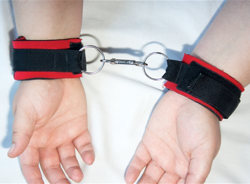 Sportcuffs Connected