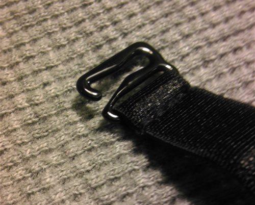 Bra-strap like hooks for garter straps