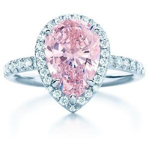 Tiffany Fancy Intense pink diamond ring